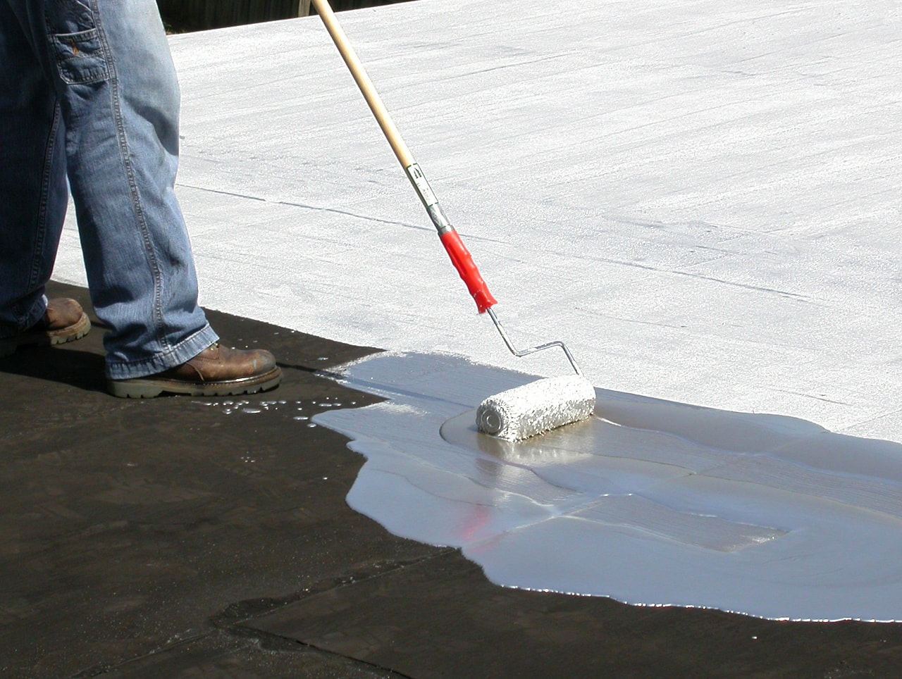 Concrete waterproofing,wall Dampness, Leakage service in Pune, Mumbai, Bangalore